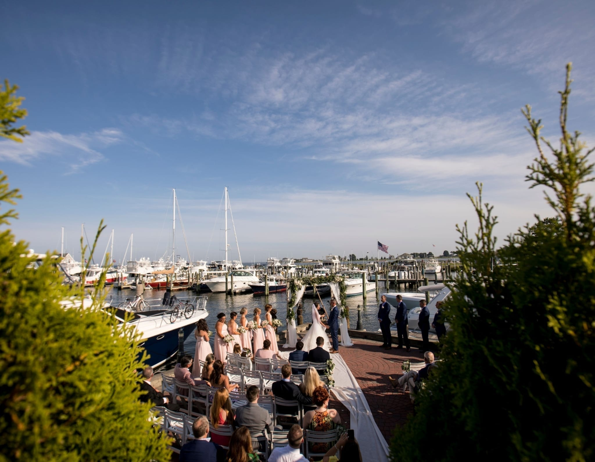 Hebrew wedding ceremony on the marina.