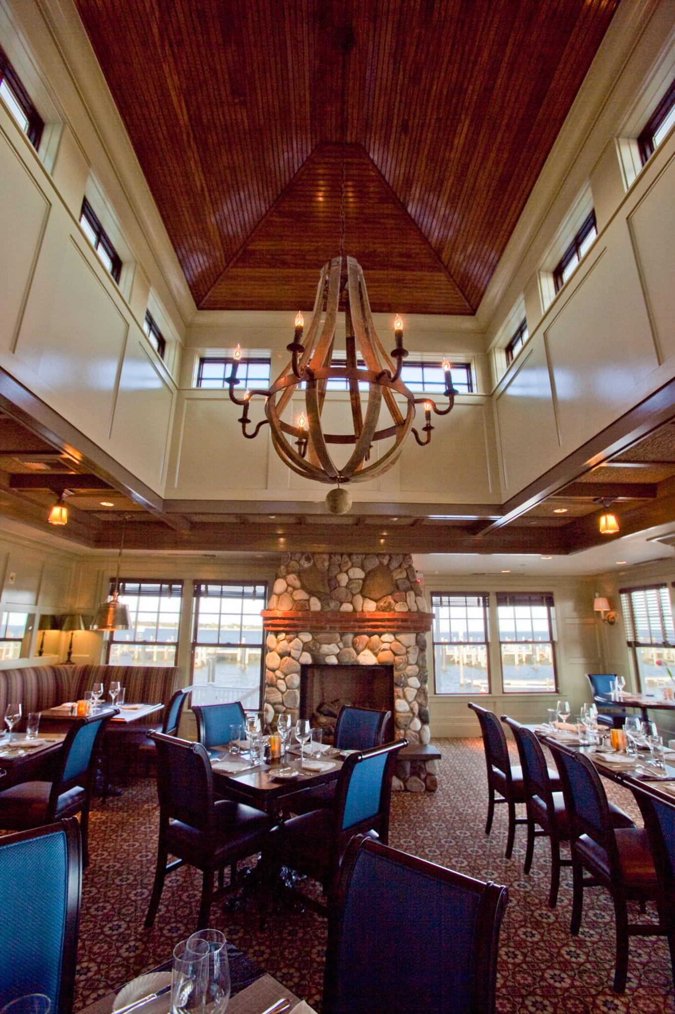 Elegant restaurant dining room.