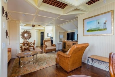 Living Space With Wicker Chairs in Lighthouse Suite