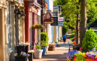 An image of quaint main street in Old Saybrook, CT.
